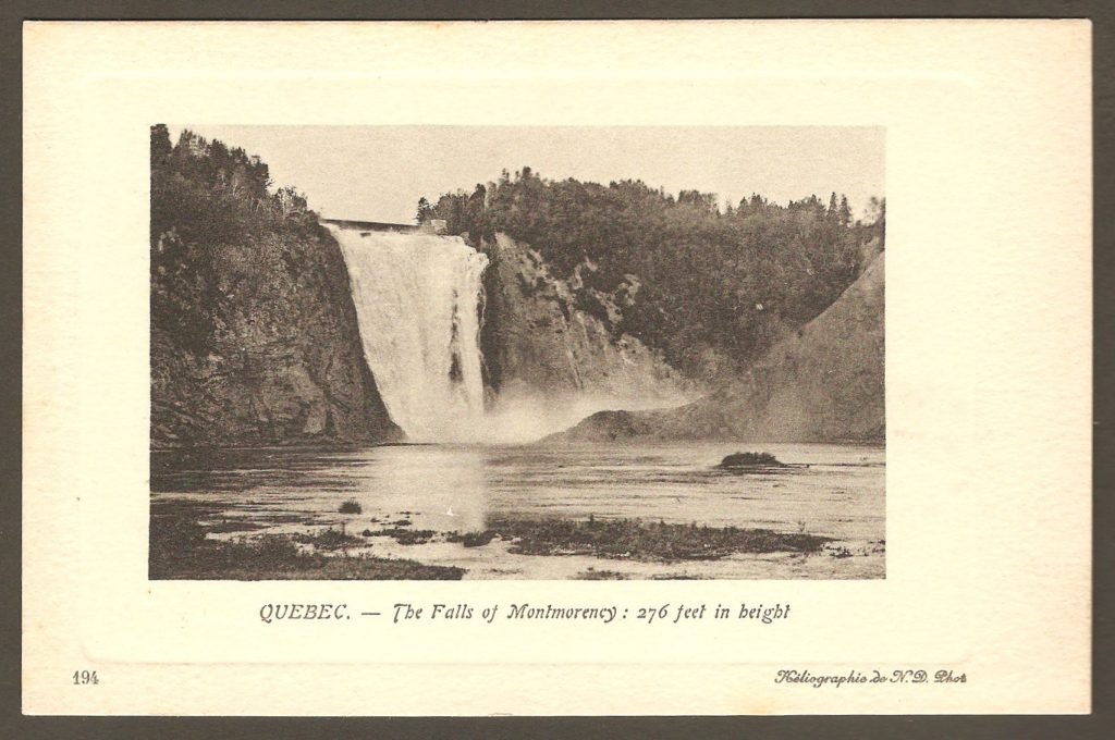 Chute Montmorency : carte postale Neurdein ND 194: Quebec - The Falls of Montmorency : 276 feet in height. Version avec double cadre blanc autour de l'illustration; celui intérieur est embossé.