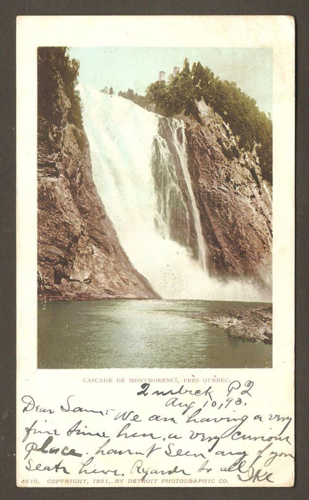 Chute Montmorency : carte postale produite par la Detroit Photographic Co., postée de Québec le 10 août 1903 en direction de Robertstown, Pennsylvanie. À noter la légende, en français: Cascade de Montmorenci, près Québec.