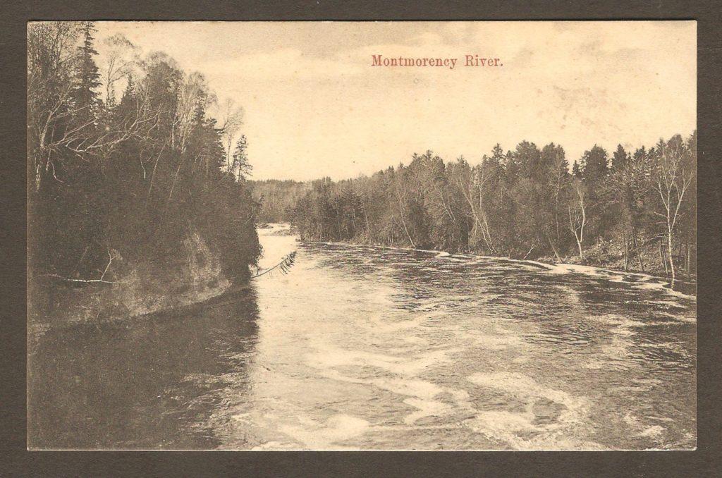 De la correspondance : carte postale avec cachet postal Montmorency Falls daté du 4 mai 1907. Elle est adressée à M. Charles Kruger, brasseur, en Belgique. Sans doute un membre de la famille propriétaire de la brasserie fabriquant les fameuses bières belges. L'illustration montre la rivière Montmorency un peu en amont de la chute.