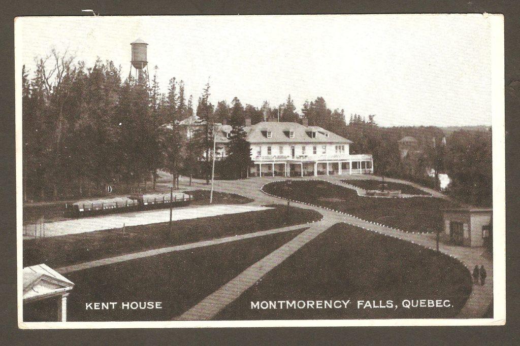 De la correspondance, chute Montmorency : carte postale illustrée de l'hôtel Kent House, avec un cachet pas très net, de Saint-Louis-de-Courville, daté du 16 juillet 1921.