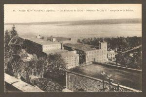 La filature de coton de la Dominion Textile à la chute Montmorency dans un album de cartes postales présentant diverses scènes du village de Montmorency, publié en 1929 pa E. Alexandre Masselotte.