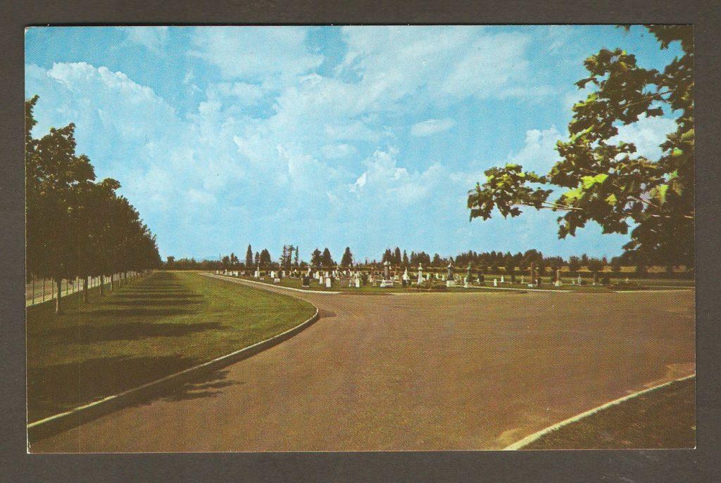 Carte postale - Cimetière de Courville vers 1965