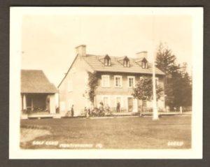 Golf Club Montmorency PQ. La maison du club de golf. Ce bâtiment existe toujours et abrite aujourd'hui des appartements.