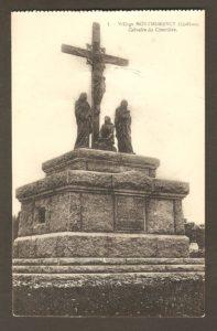 Calvaire du cimetière de la paroisse Saint-Grégoire dans un album de cartes postales présentant diverses scènes du village de Montmorency, publié en 1929 pa E. Alexandre Masselotte.