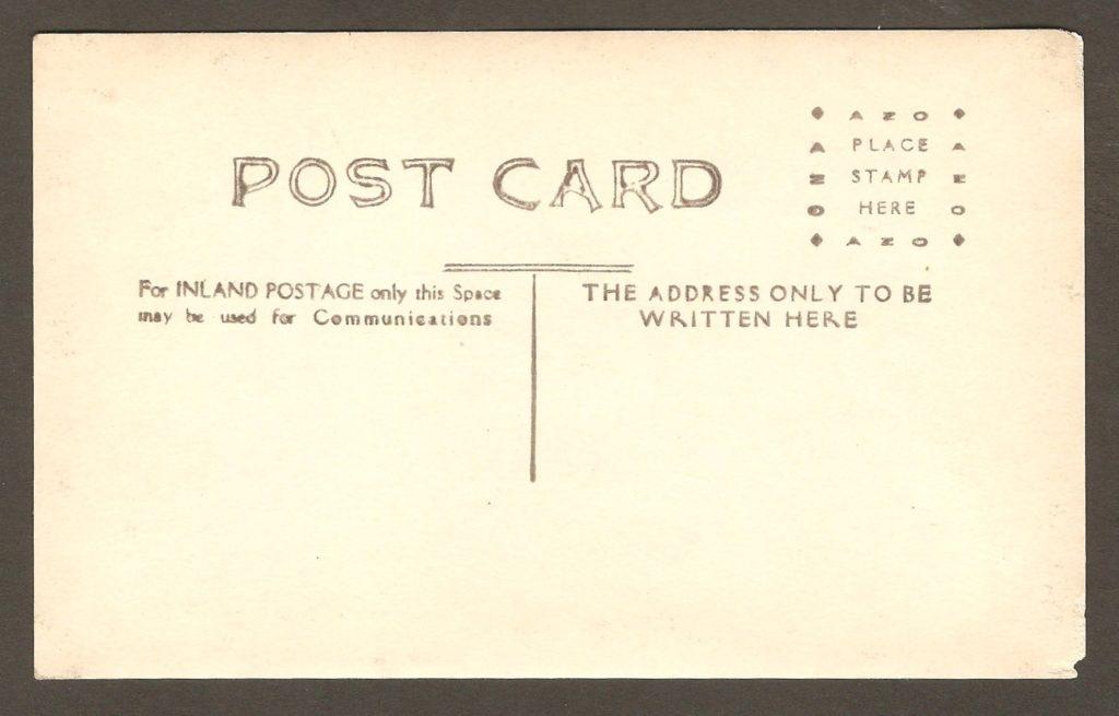 Carte postale de type « photo réelle » datant des années 1910-1920.
