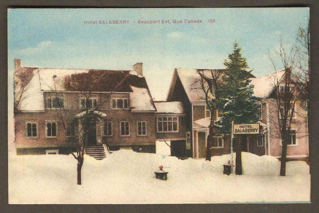 L'hôtel Salaberry, à la même époque, sur une carte coloriée publiée par la librairie Garneau.