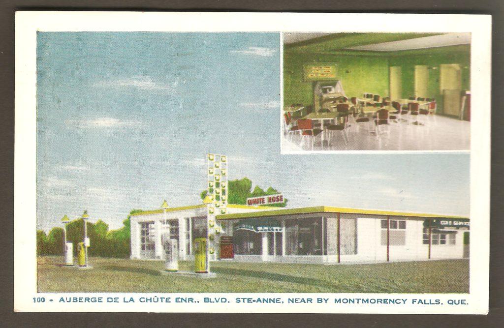 Carte postale produite par Lorenzo Audet, éditeur, vers 1950, et montrant une station service et l'auberge de la Chute qui se trouvaient à proximité du pied de la chute Montmorency, à Boischatel. On y voit également la salle à manger, placée en médaillon.