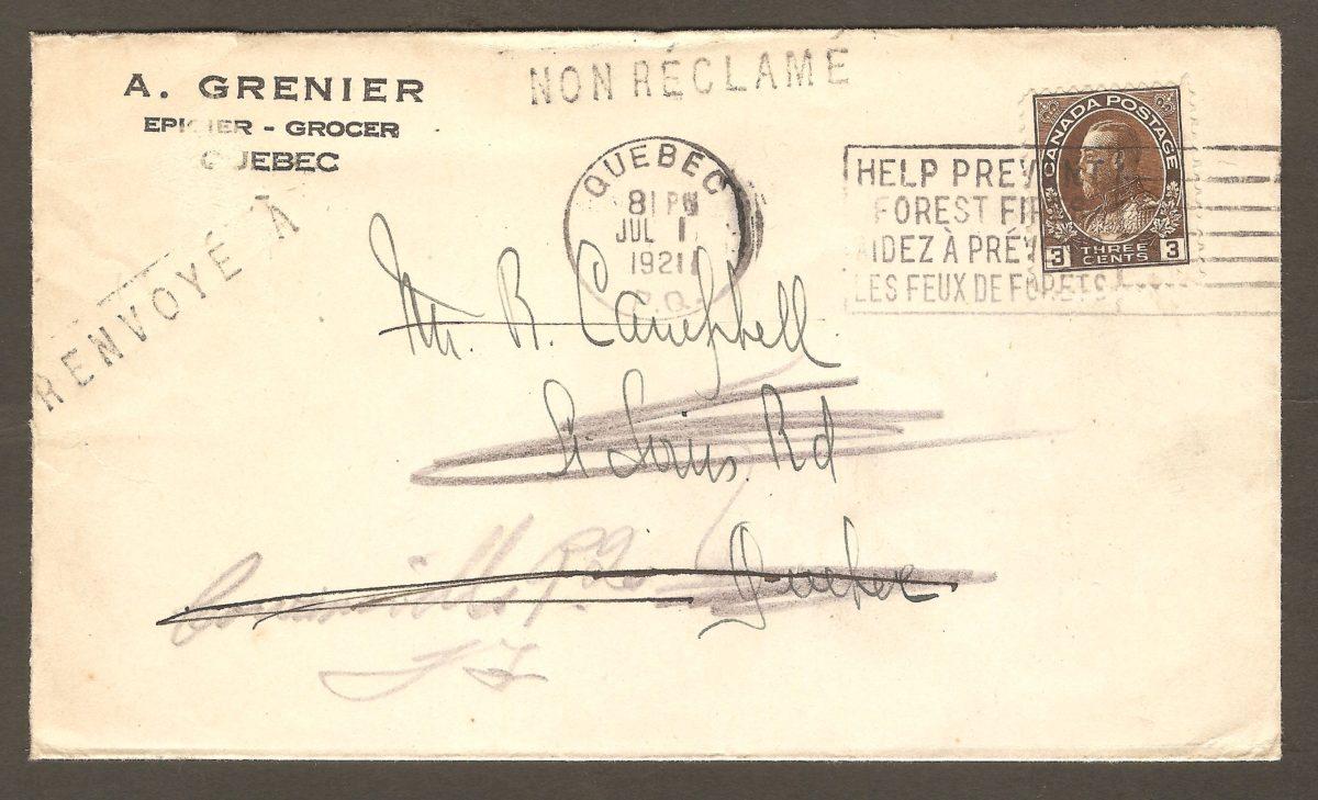 Enveloppe de A. Grenier, avec cachet postal du 1er juillet 1921. L'adresse du destinataire, R, Campbell, est sur le chemin Saint-Louis (St Louis Rd), à Québec. Les employés de la poste n'ayant pas trouvé cette personne à cette adresse, quelqu'un a inscrit «Courville PQ» sur l'enveloppe, au crayon de plomb. Il faut dire que l'épicier A. Grenier était un fournisseur régulier de l'usine Montmills de la Montmorency Lumber Company, qui se trouvait à l'emplacement de l'actuel camping de Beauport.